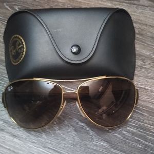 Authentic Ray-Ban aviators with case